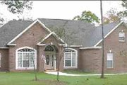 Traditional Style House Plan - 4 Beds 2 Baths 2391 Sq/Ft Plan #63-115 Exterior - Front Elevation