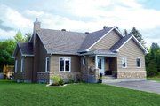 Ranch Style House Plan - 2 Beds 1 Baths 1313 Sq/Ft Plan #23-2616 Exterior - Front Elevation