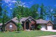 Southern Style House Plan - 4 Beds 2.5 Baths 2554 Sq/Ft Plan #17-1048