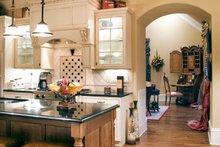 Traditional Interior - Kitchen Plan #927-11