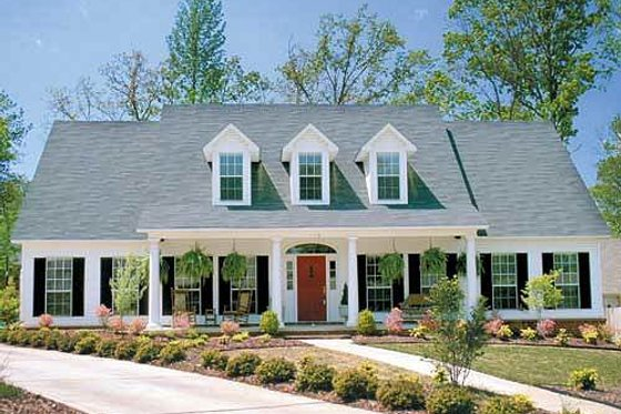 Colonial Exterior - Front Elevation Plan #17-2068