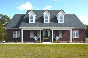 Southern Exterior - Front Elevation Plan #56-152