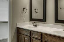 Ranch Interior - Master Bathroom Plan #20-2290