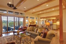 Ranch Interior - Family Room Plan #935-6