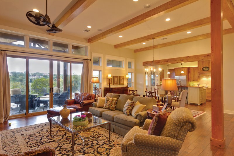 Ranch Interior - Family Room Plan #935-6 - Houseplans.com