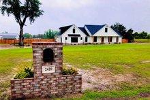 Dream House Plan - Craftsman Exterior - Front Elevation Plan #430-201
