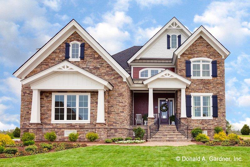 Dream House Plan - Craftsman Exterior - Front Elevation Plan #929-839