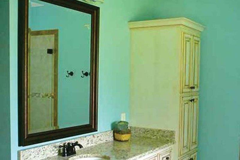 Colonial Interior - Bathroom Plan #430-35 - Houseplans.com