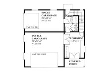 Cottage style Garage with living space house plan, main level floor plan