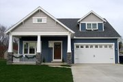 Craftsman Style House Plan - 3 Beds 2.5 Baths 2310 Sq/Ft Plan #461-9 Exterior - Front Elevation