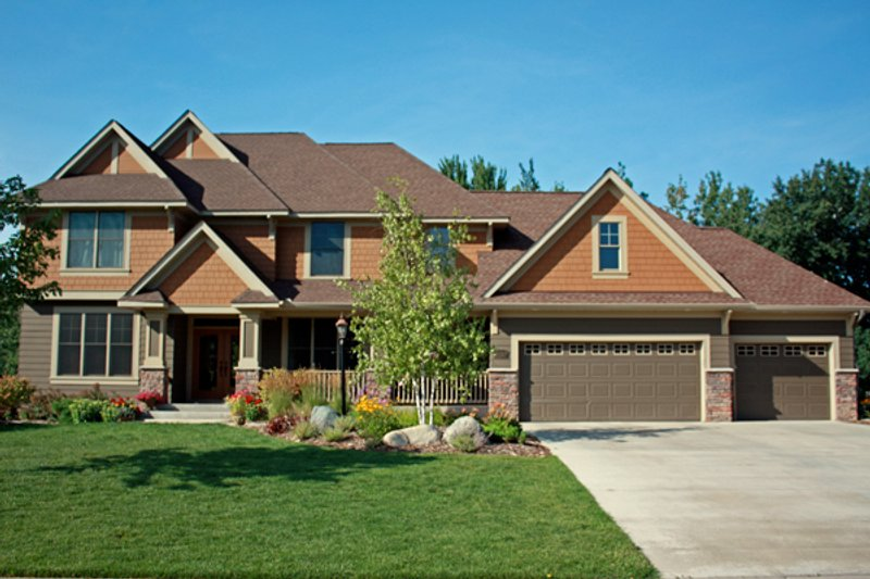 Craftsman Style House Plan - 4 Beds 2.5 Baths 3074 Sq/Ft Plan #51-443 Exterior - Front Elevation