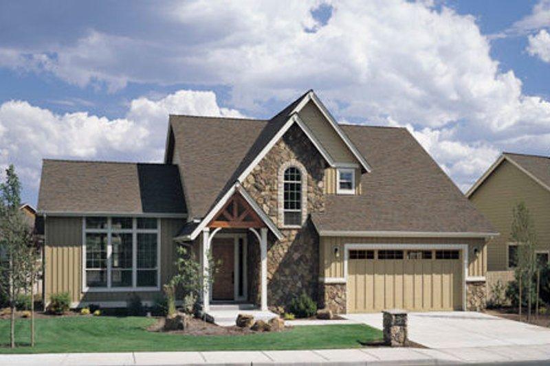 Craftsman Exterior - Front Elevation Plan #48-390