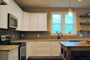 Craftsman Style House Plan - 3 Beds 2.5 Baths 1803 Sq/Ft Plan #461-50 Interior - Kitchen