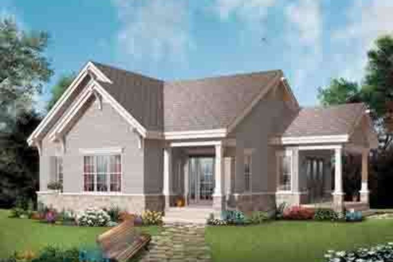 Traditional Exterior - Front Elevation Plan #23-620 - Houseplans.com