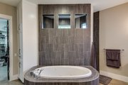 Prairie Style House Plan - 5 Beds 4 Baths 4545 Sq/Ft Plan #935-13 Interior - Master Bathroom
