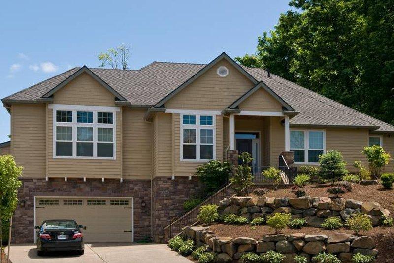 Craftsman Exterior - Front Elevation Plan #48-533