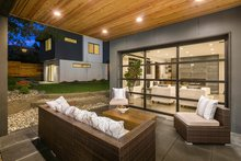 Modern Exterior - Outdoor Living Plan #1066-3