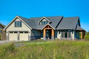 Craftsman Style House Plan - 3 Beds 2.5 Baths 2939 Sq/Ft Plan #1070-5 Exterior - Front Elevation