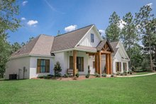 Dream House Plan - Modern Exterior - Front Elevation Plan #430-184