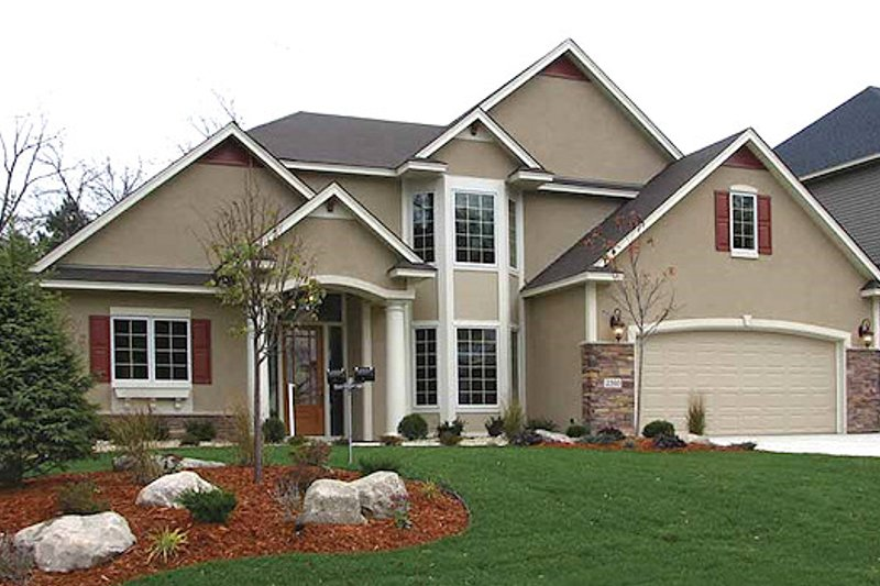 European Style House Plan - 3 Beds 2.5 Baths 3117 Sq/Ft Plan #320-483 Exterior - Front Elevation