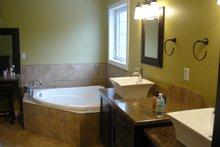 House Plan Design - Traditional Interior - Master Bathroom Plan #21-153
