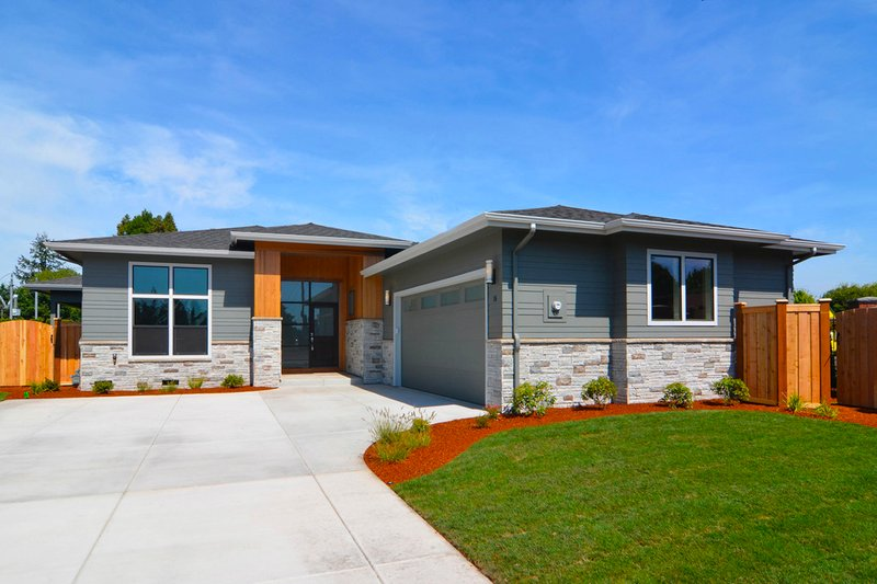 Home Plan - Prairie Exterior - Front Elevation Plan #124-1065