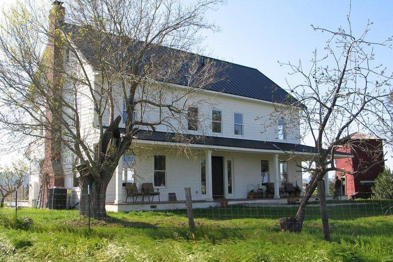 Dream House Plan - Country style, Farmhouse home design
