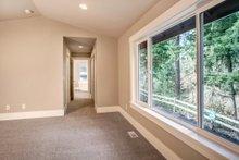 Traditional Interior - Master Bedroom Plan #1066-61