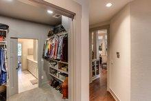 Home Plan Design - Master Closet