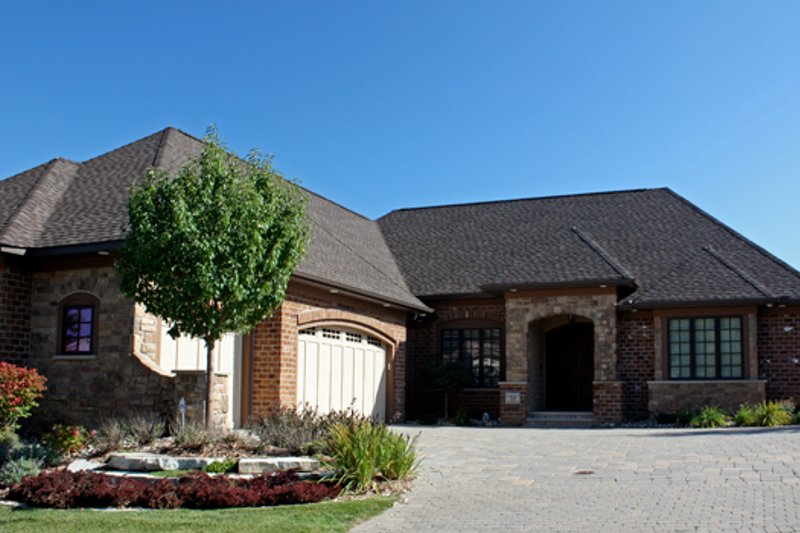 European Style House Plan - 3 Beds 3.5 Baths 4800 Sq/Ft Plan #51-509 Exterior - Front Elevation