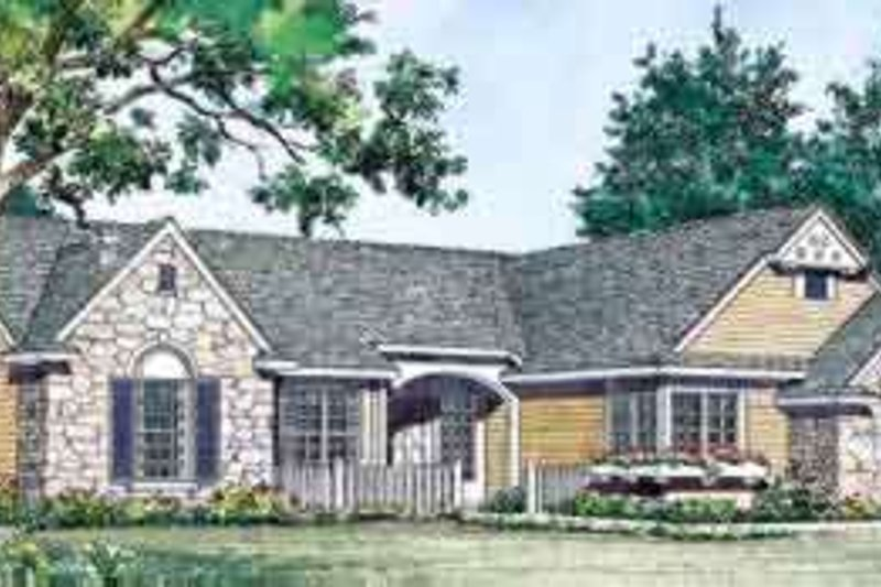 Traditional Exterior - Front Elevation Plan #72-451 - Houseplans.com