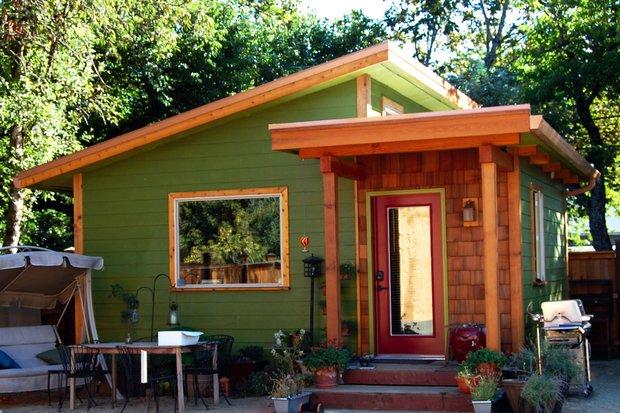 Backyard Cottage Plans