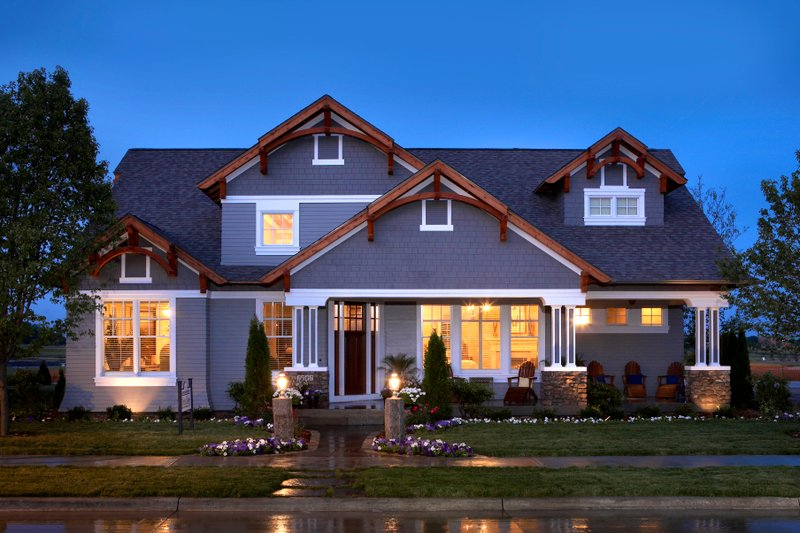 Architectural House Design - Craftsman Exterior - Front Elevation Plan #70-1040