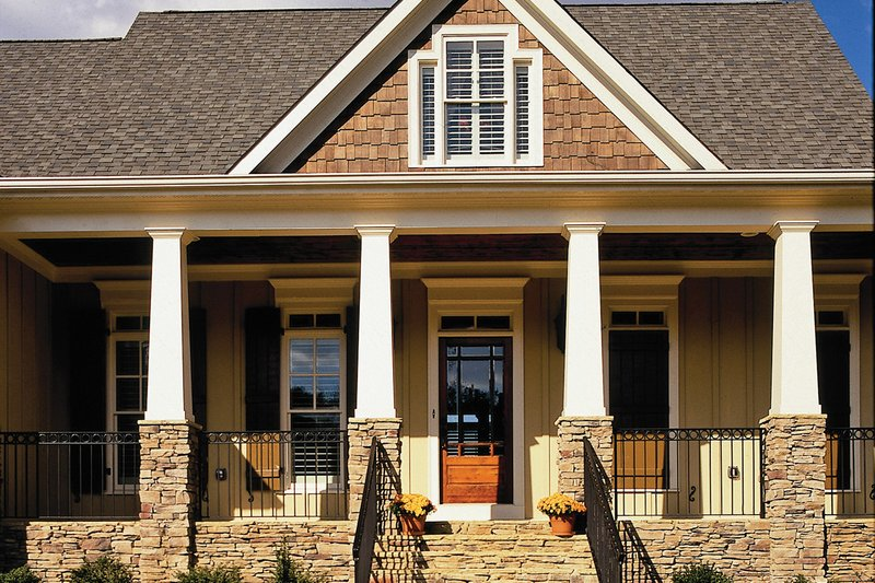 Country Exterior - Front Elevation Plan #927-9 - Houseplans.com