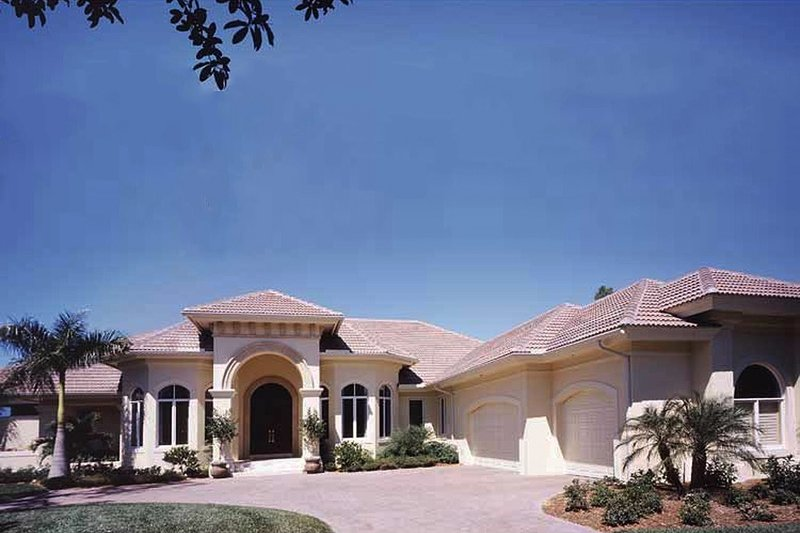 Architectural House Design - Mediterranean Exterior - Front Elevation Plan #930-272