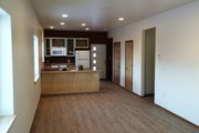Contemporary Style House Plan - 3 Beds 2.5 Baths 1406 Sq/Ft Plan #20-2320 Interior - Kitchen