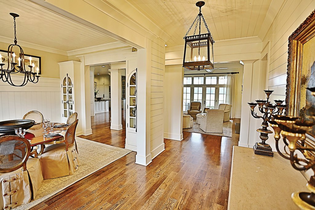 Craftsman Style House Plan - 4 Beds 5.5 Baths 3878 Sq/Ft Plan #927-5 on
