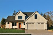Farmhouse Style House Plan - 3 Beds 2.5 Baths 2038 Sq/Ft Plan #1070-2 Exterior - Front Elevation