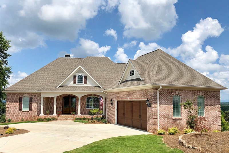 Architectural House Design - Ranch Exterior - Front Elevation Plan #437-90