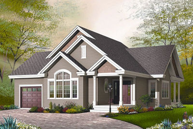 Traditional Exterior - Front Elevation Plan #23-790 - Houseplans.com