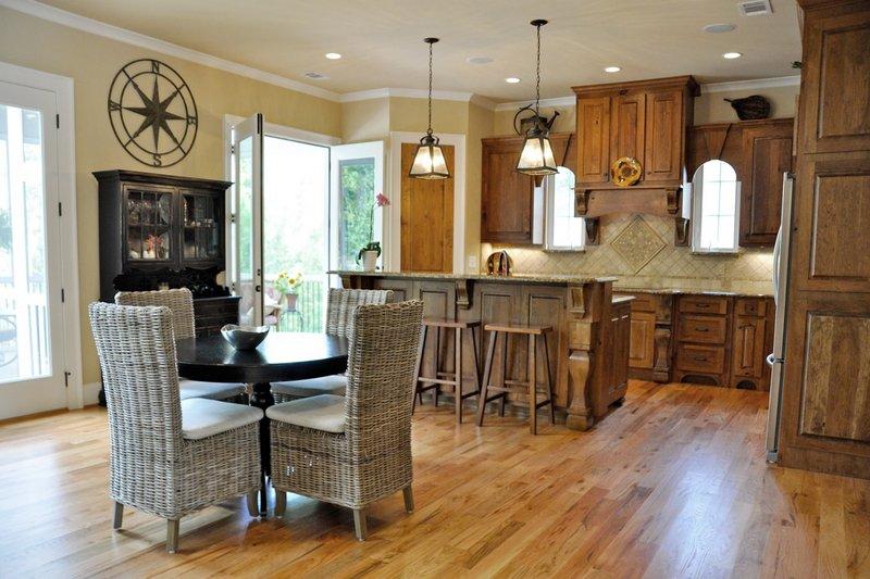 Craftsman Interior - Kitchen Plan #437-60 - Houseplans.com