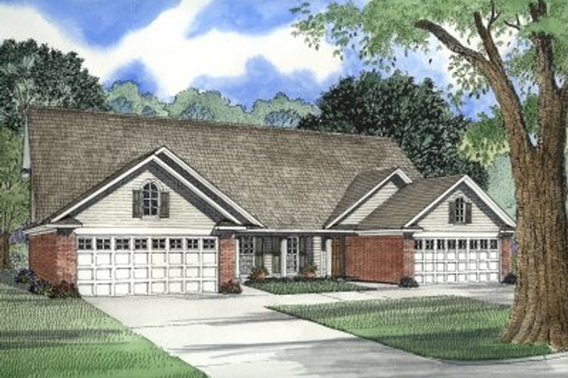 Traditional Exterior - Front Elevation Plan #17-1050 - Houseplans.com