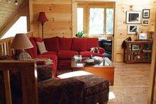 House Plan Design - Cabin Photo Plan #118-102