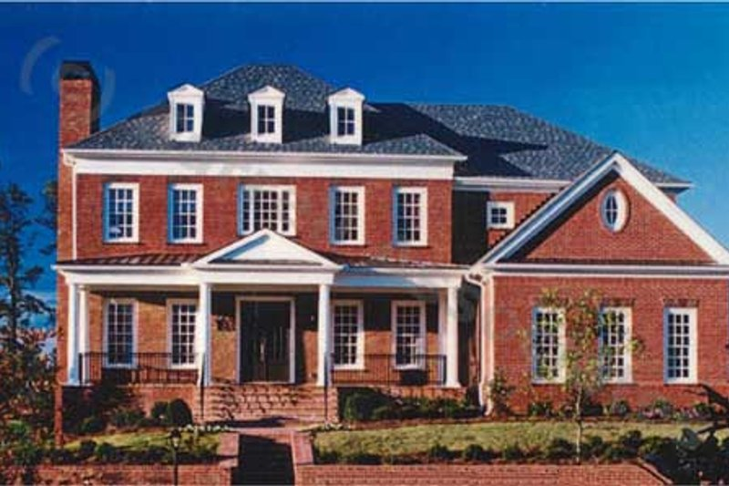 Colonial Style House Plan - 4 Beds 4.5 Baths 4274 Sq/Ft Plan #54-112 Exterior - Front Elevation