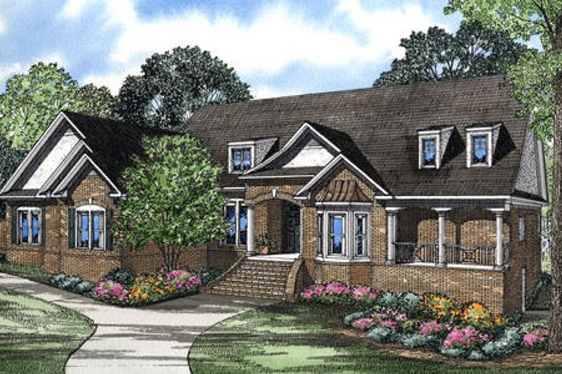 Southern Style House Plan - 4 Beds 5 Baths 4886 Sq/Ft Plan #17-2365 Exterior - Front Elevation