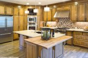Craftsman Style House Plan - 4 Beds 3.5 Baths 3084 Sq/Ft Plan #48-615 Interior - Kitchen