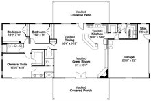 Ranch style house plan country homeplan great room