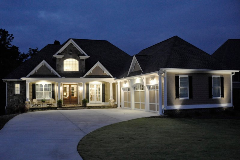 Craftsman Exterior - Front Elevation Plan #437-60 - Houseplans.com