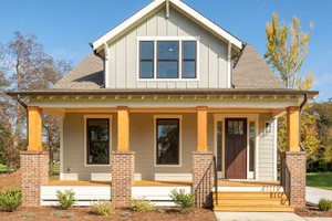 Craftsman Exterior - Front Elevation Plan #461-75