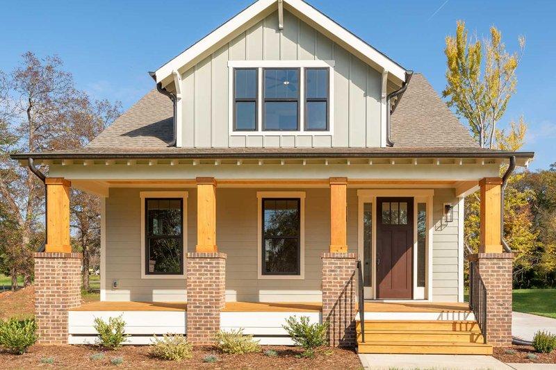 House Design - Craftsman Exterior - Front Elevation Plan #461-75